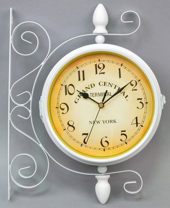 """Часы подвесные угловые """"New York"""" 35x29x10см белые"""