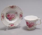 """Чайна пара """"Букет троянд"""" чашка 220мл з блюдцем в подарунковій коробці"""