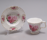"""Чайная пара """"Букет роз"""" чашка 220мл с блюдцем в подарочной коробке"""