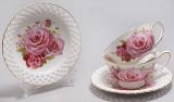 """Подарунковий чайний набір """"Букет троянд"""" чашки 220 мл з блюдцями"""