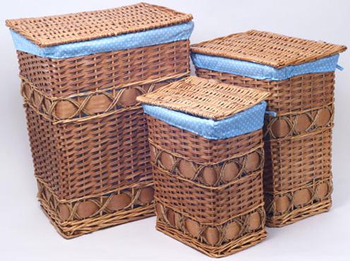 """Набор из трех закрытых корзин для белья """"Голубой горошек"""""""