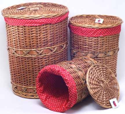 """Набор из трех круглых закрытых корзин для белья """"Красный горошек"""""""