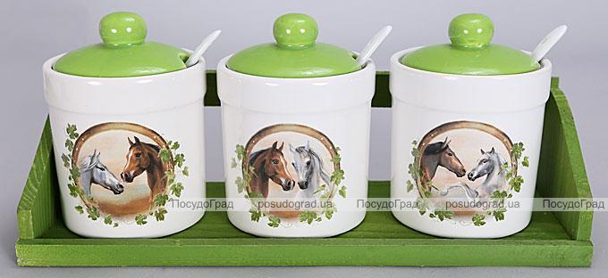 """Набор прямых банок """"Две Лошади"""" для сыпучих продуктов с ложечками на деревянной подставке"""