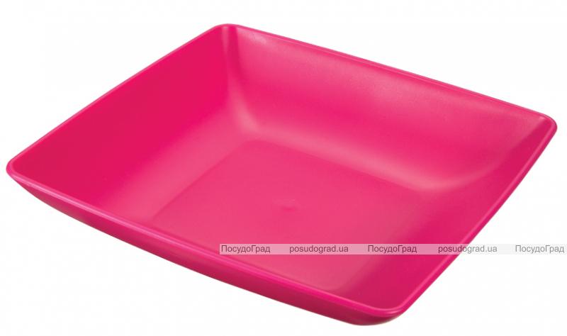 Тарелка Ucsan пластиковая полупорционная 18см квадратная