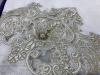 Скатерть Isadora Asel 160х220см с кружевами и декоративными камнями, белая