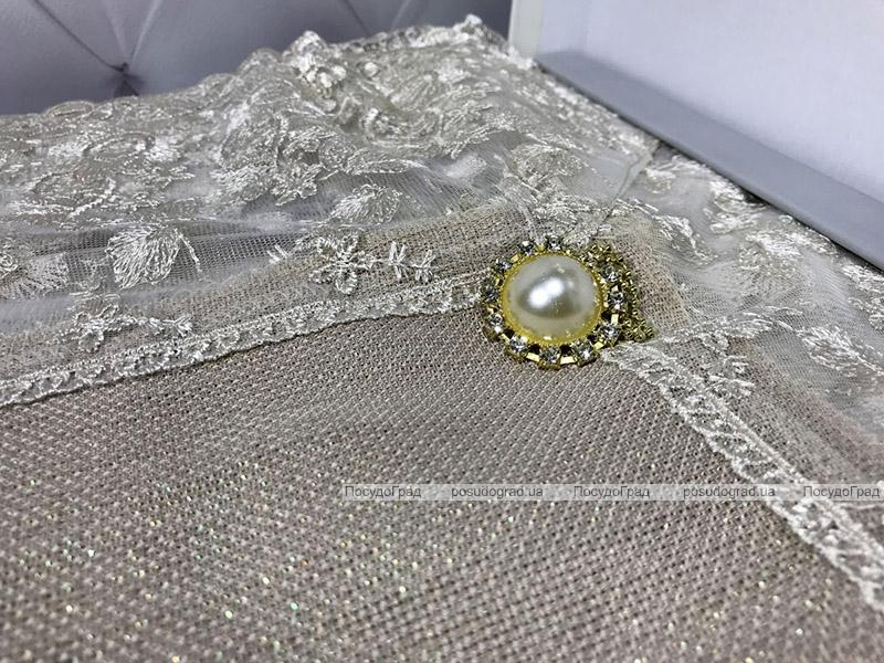 Скатерть Isadora Simanur 160х220см с кружевами и декоративными камнями, бежевая