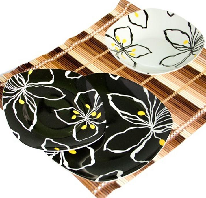 "Набор тарелок ""Black&White flowers"" 18 предметов на 6 персон"